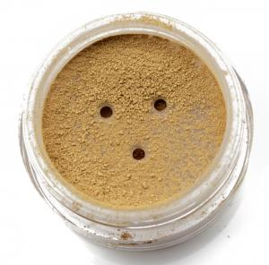 Mineral Foundation Golden 13