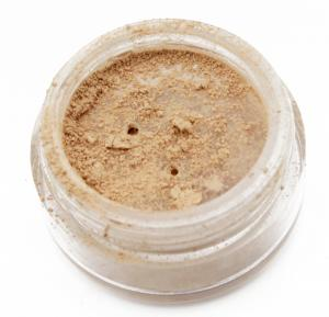 Mineral Foundation Honey 8