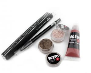 Makeup Set - Eyeliner, eyeshadows og Lipgloss